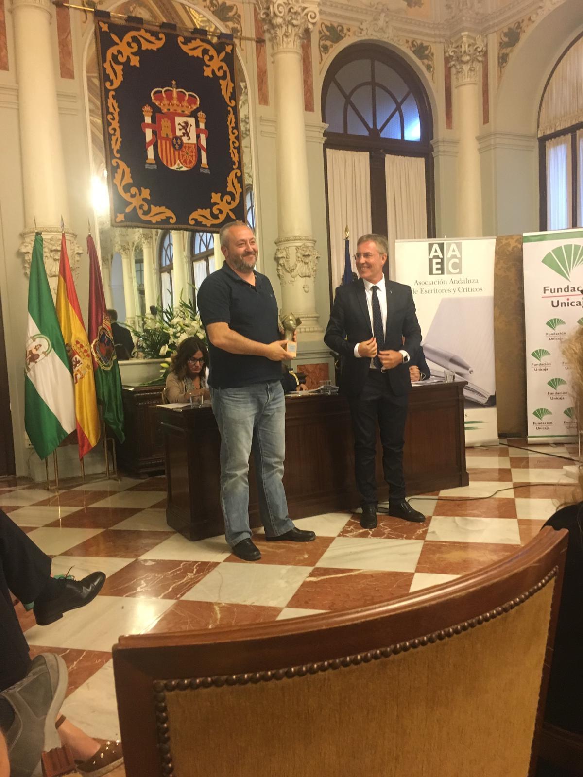 La Caverna 23-05-2019-Entrevista al onubense Francisco Silvera Premio de la Crítica 2019